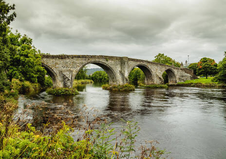 View of the Old Stirling Bridge, Stirling, Scotland, United Kingdom, Europe - RHPLF08894