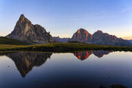 Giau Pass, Gusela and Tofana at sunrise, Dolomites, Veneto, Italy, Europe - RHPLF09715