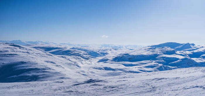 View of winter mountains - JOHF00379