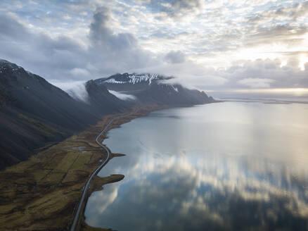 Iceland, Clouds reflecting in Jokulsarlon lake - DAMF00065