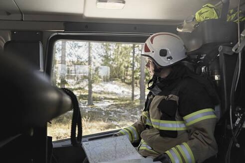 Firefighter in car - JOHF01854