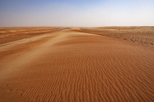 Sultanate Of Oman, Wahiba Sands, dunes in the desert - WWF05267