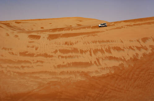 Sultanate Of Oman, Wahiba Sands, Dune bashing in a SUV - WWF05300