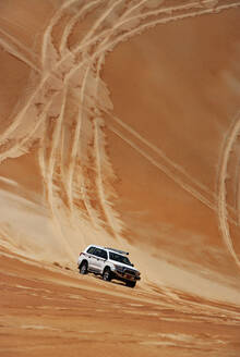 Sultanate Of Oman, Wahiba Sands, Dune bashing in a SUV - WWF05303