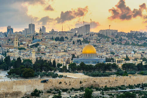 Jerusalem skyline Dome of the Rock and buildings in Old City at sunset - CAVF64508