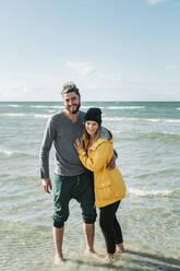 Couple at the beach in Heiligenhafen - NAF00159