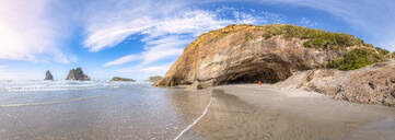 New Zealand, South Island, Scenic view of Wharariki Beach - SMAF01544
