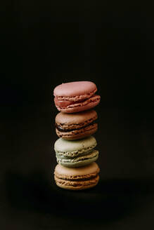 macarons on black background - JMHMF00006