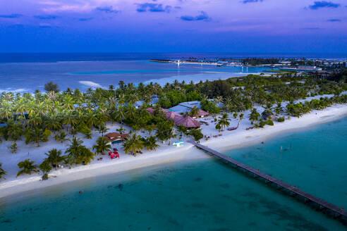 Luftbild, Malediven, Süd Male Atoll, Bodufinolhu, Malediven Fun Island Lagune - AMF07337