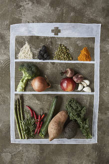 Fruits, vegetables and spices - JOHF02888