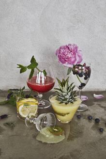 Various drinks - JOHF02894