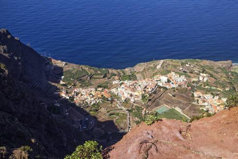 Blick auf Agulo vom Mirador de Abrante, La Gomera, Kanarische Inseln, Kanaren, Spanien - MAMF00889
