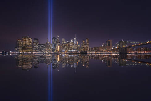 Skyline of Manhattan with Tribute in light, New York, United State. - DVGF00062