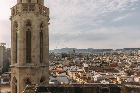 Spain, Catalonia, Barcelona. Panoramic views of the city of Barcelona from the Basilica of Santa María del Mar - MOSF00120