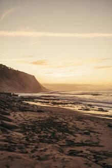 Beach at sunrise, Sopelana, Spain - MTBF00124