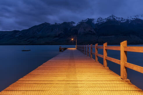 Pier in the evening, Glenorchy, South Island, New Zealand - SMAF01657