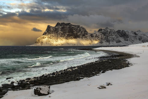 Storm clouds at Uttakleiv Beach, Vestvagoy, Lofoten Islands, Nordland, Norway, Europe - RHPLF12904