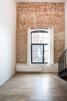 Indoor view of a loft formerly factory - FCF01829