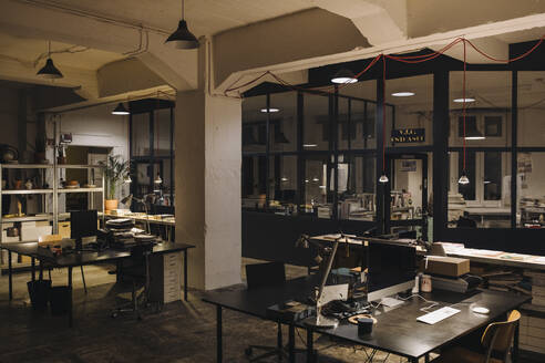 Interior of a loft office - GUSF02754