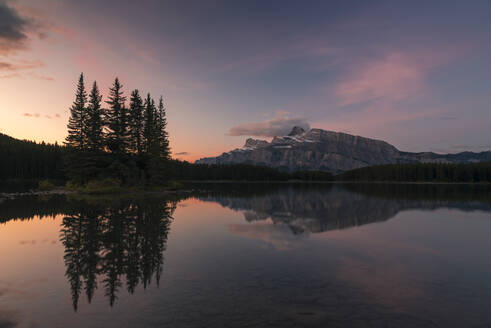 Sunrise at Two Jack Lake with Mount Rundle on the horizon, Banff National Park, UNESCO World Heritage Site, Alberta, Rocky Mountains, Canada, North America - RHPLF13126