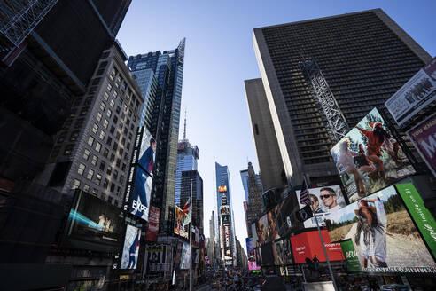 USA, New York,Times Square - DAMF00234