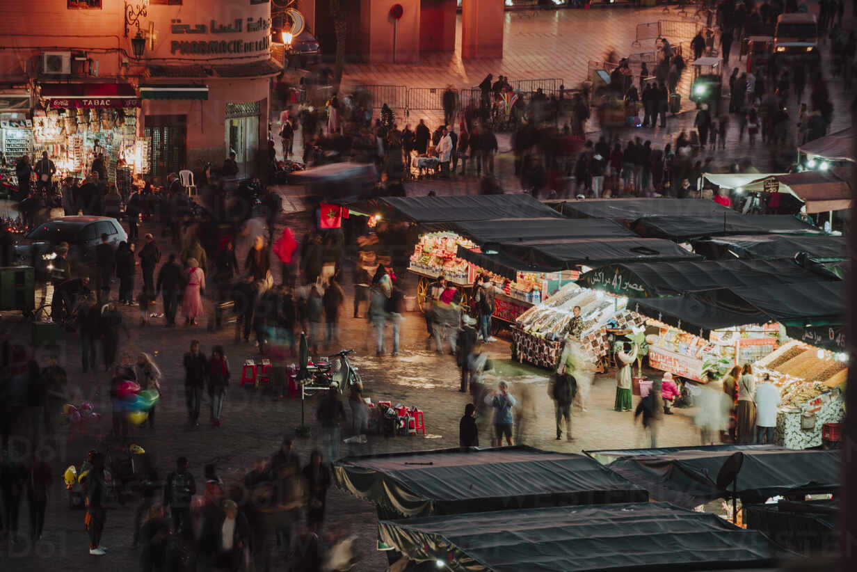 High angle view of people at Marrakesh market during night - CAVF70778 - Cavan Images/Westend61