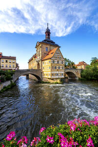 Germany, Bavaria, Bamberg, Regnitz river in front of historical town hall - PUF01743