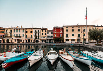 Italy, Veneto, Boats at Lazise harbour - DAWF01050