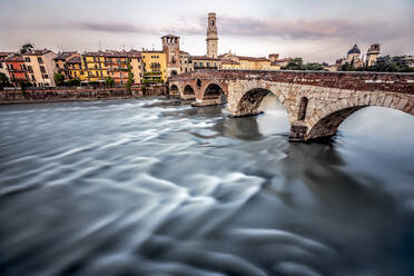Italy, Veneto, Verona, Ponte Pietra and Adige river - DAWF01056