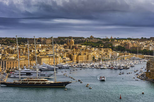 Malta, Birgu, Fort St. Angelo and Vittoriosa Yacht Marina in Grand Harbour - ABOF00464