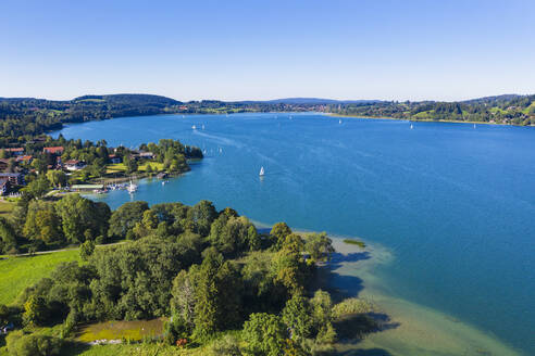 Germany, Bavaria, Bad Wiessee, Aerial view of Tegernsee lake and lakeshore town in summer - SIEF09383