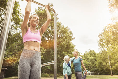 Women during workout in a park - SDAHF00047