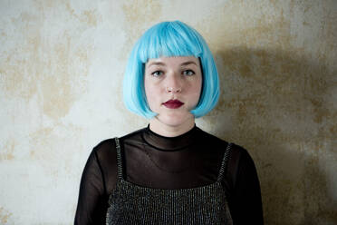 Young woman wearing blue wig - FLLF00390