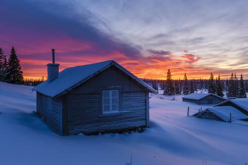Sunset in winter - JOHF07824