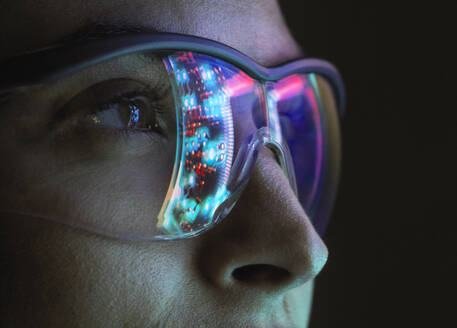 Reflection of a circuit board on glasses - ABRF00695