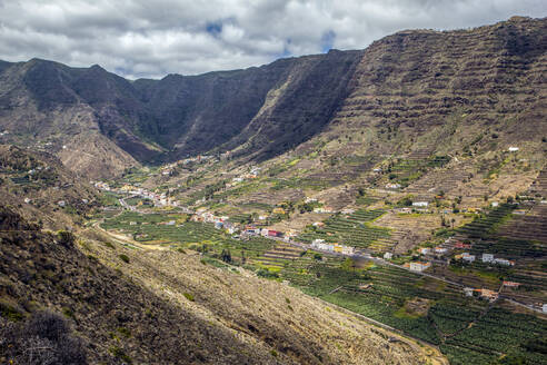 Spain, La Gomera, Hermigua, View of Hermigua Valley - MAMF01146