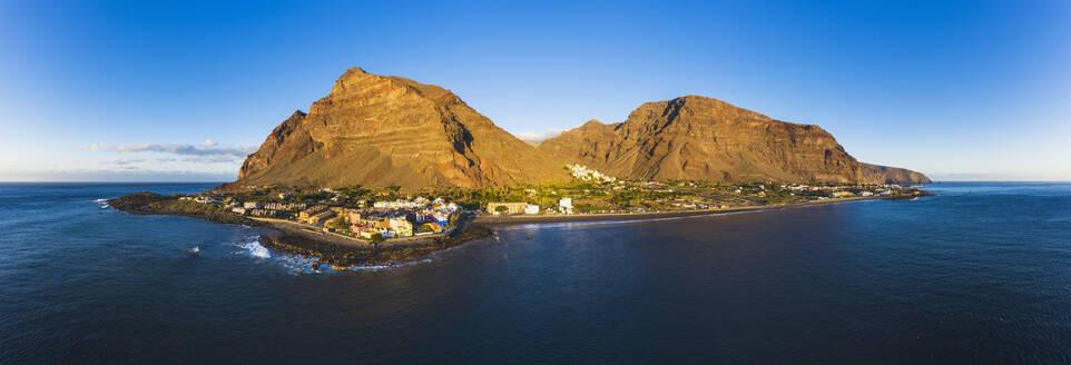 Spain, Santa CruzdeTenerife, Valle Gran Rey, Aerial panorama of coastal town on La Gomera island - SIEF09591