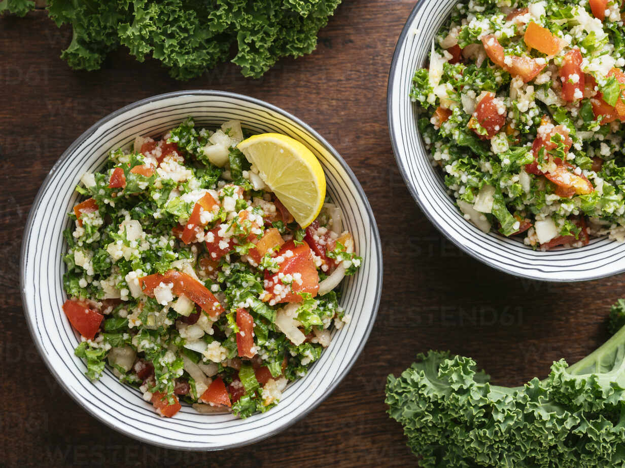 Variation of traditional tabbouleh salad with kale instead of parsley - HAWF01018 - Harald Walker/Westend61