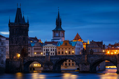 Morning view of Charles Bridge and Old Town Bridge Tower. - CAVF77041
