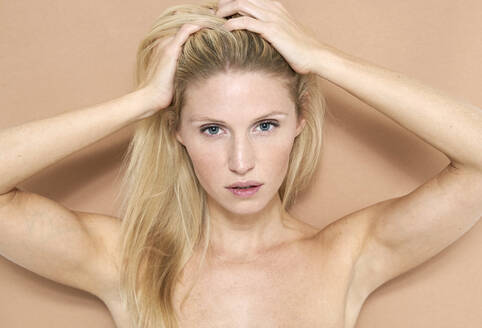Portrait of beautiful blond woman - PNEF02491