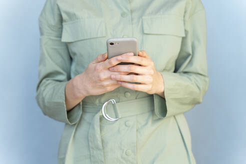 Close-up of woman using cell phone - AFVF06088