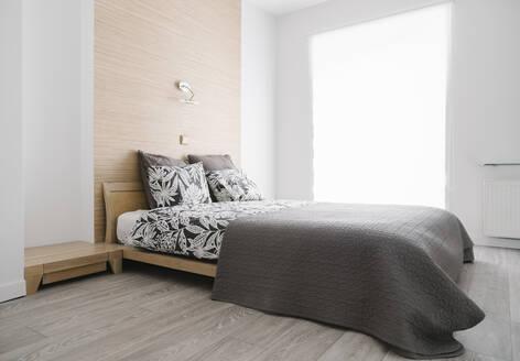 VIew of bedroom - AHSF02514