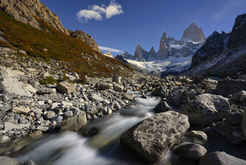 Mount Fitz Roy and river in Autumn, El Chalten, Patagonia, Argentina - LOMF01095