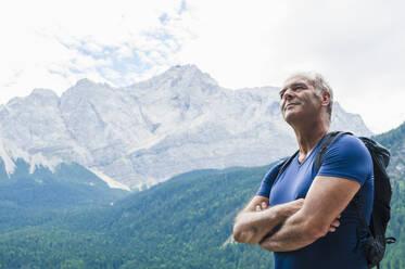 Senior man enjoying view - DIGF12138