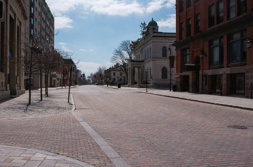 Empty city streets in Kingston, Ontario during Covid 19 pandemic. - CAVF85561