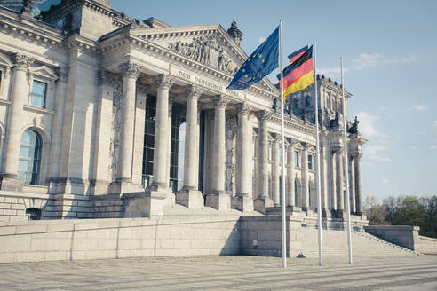 Germany, Berlin, Facade of Reichstag - ZMF00495
