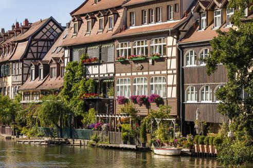 Deutschland, Bayern, Franken, Bamberg, Altstadt, Regnitz, Klein Venedig, ehemalige Fischerhäuser - WDF06147