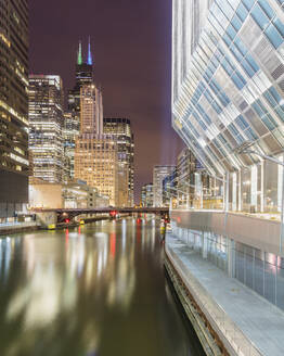 View of Chicago river during night, Chicago, USA - AHF00163