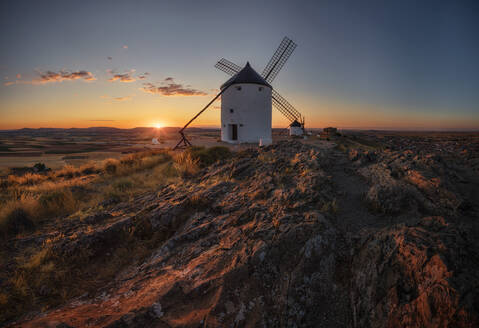 The castle and the windmills are Consuegra's - CAVF91230