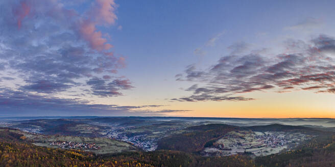 Germany, Baden-Wurttemberg, Drone view of Remstal valley at foggy autumn dawn - STSF02716
